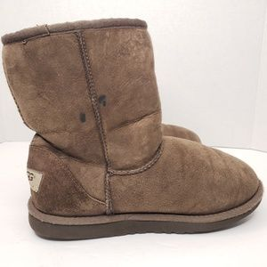 UGG Shoes - UGG Classic Short Suede Brown Boots Size 5 Women's